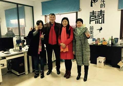 Photo With Kazakhstan Customer In Powerlion Amusement Company