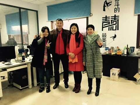 Photo With Kazakhstan Customer In Powerlion Amusement Company