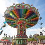 Important Tips For Playing Swing Ride In Amusement Park